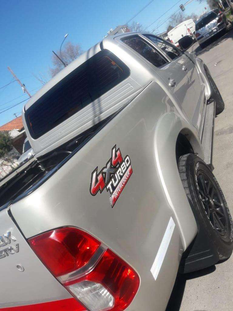 Toyota Hilux 4x4 Srv 2013 Automatic 0