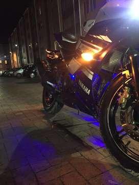 R15 V.2 Edición especial Yamaha en perfecto estado