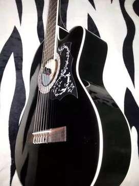 Guitarra importada con ecualizador de 4 bandas