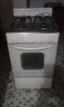 Estufa haceb 4 puestos con horno