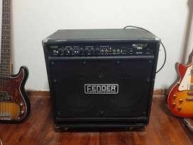 Amplificador Fender Rumble 350 watts