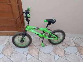 Bicicleta de niño(a).