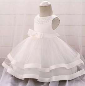 Vestido para niña bautizo