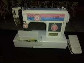 Súper máquina de coser
