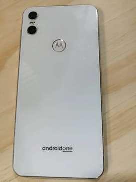 Motorola one perfecto 9/10