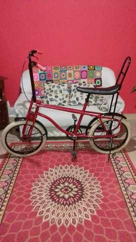 Antigua bicicleta Vaquero Rodado 20