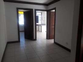 Venta, de oficina sector Centro Norte, CNT Av Eloy Alfaro