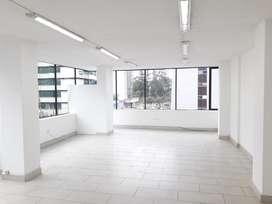 ZP-OA, Oficina de 50 m2 en Arriendo, Sector Centro - Norte, La Carolina Mall Jardín