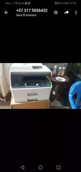 Vendo fotocopiadora Panasonic lanse de buen estado falta solo tinta