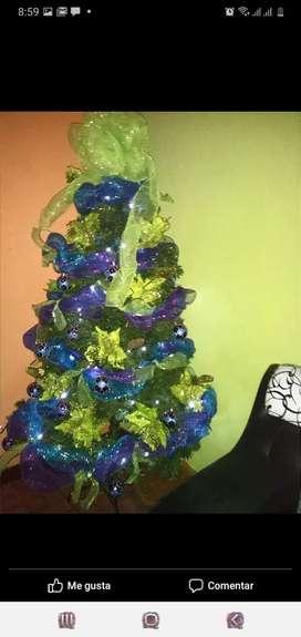 Árbol navideño decorado