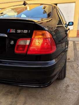 BMW 318 AÑO 2002