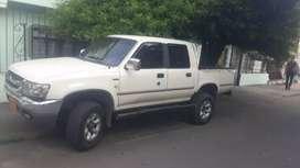 Vendo camioneta doble cabina 2008