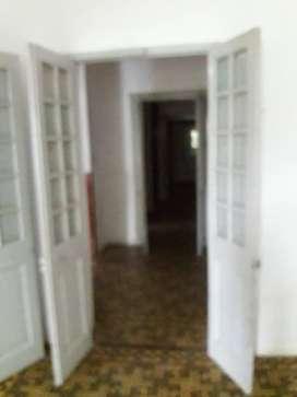 Vendo puertas y ventanas antiguas