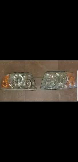 Lámparas de Ford Expedition 2003/2006 (de fábrica)