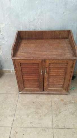 Mesa de luz madera dura o mueble para living comedor