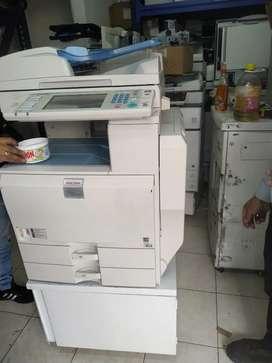 fotocopiadora  e impresora Ricoh mp 4000