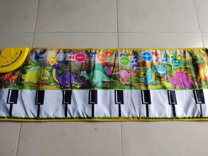 Se vende tapete musical para niños