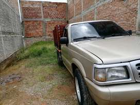 Camioneta Mazda b2200