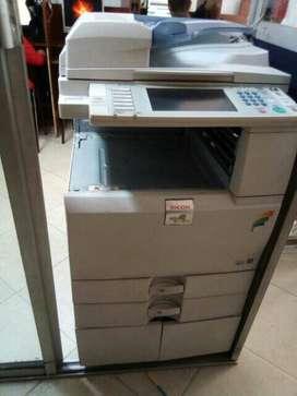 impresora ricoh aficio MPC 2051 Laser