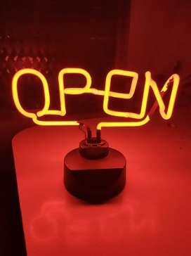 Cartel de neon Open