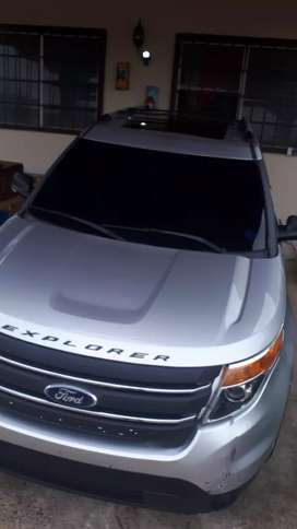Vendo ford explorer limited