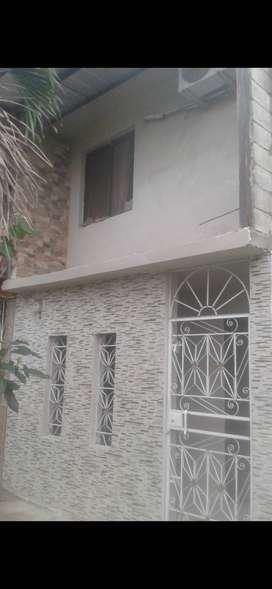Venta de casa dos plantas en ciudadela privada.