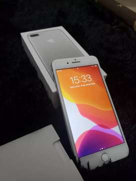 VENDO IPHONE 7 PLUS 32 GB silver