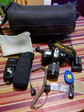 Camara Nikon D100 completa