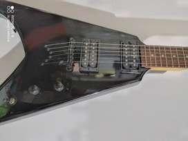 Guitarra eléctrica DEAN V, ref Tyrant color negro