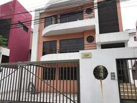 Venta de Departamento Remodelado en Kennedy, cerca del C.C San Marino, Norte de Guayaquil