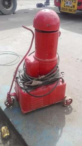 Se vende equipo de soldar barato con sus cables