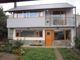 zq36 - Departamento para 3 a 5 personas con cochera en San Martín De Los Andes