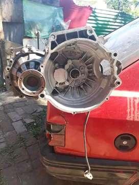 Motor Audi 1.6 con caja Vendo entero o por partes