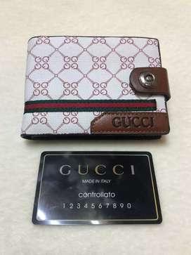 Remato billetera Gucci