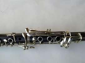 Clarinete B12