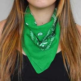 Pañuelo bandana verde NUEVO