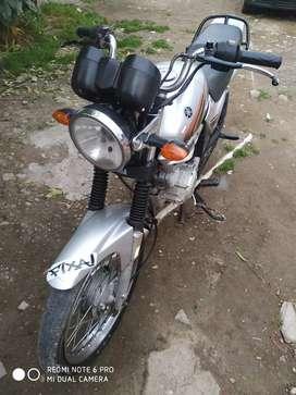Vendo o permuto Yamaha YBR 125 lista para transferir 55.000