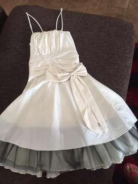 Vendo vestido de fiesta de nena