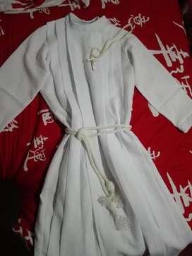 Se vende túnica de primera comunión como nueva