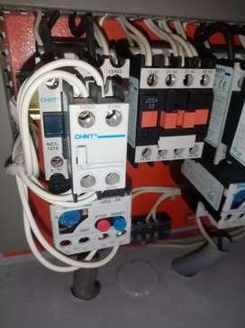 Electricistas, gasfiteros