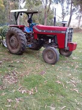Vendo tractor massey ferguson 1175 con arado ramson de uso personal 75hp