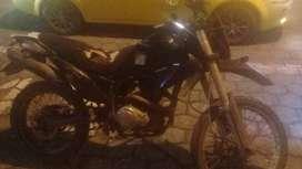 Se vende moto shineray 250