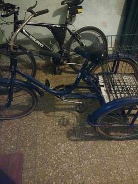 Bicicleta de tres ruedas rodado 24