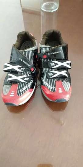 Zapatillas ciclismo MTB unisex  antideslizante y transpirable, ultraligero, antibloqueo Talla 10 US - 9 UK- 43 EU
