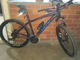 Vendo hermosa bicicleta marca GW alligator poco usó como nueva
