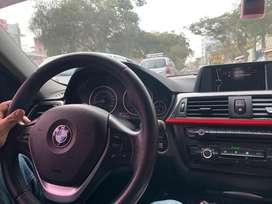Auto BMW negro zafiro