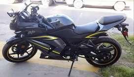 Vendo moto Kawasaki ninja 250