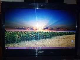 """Vendo acer 14"""" intel dual core, HDMI, 4gb ram, disco 500gb, unidad DVD quemadora."""