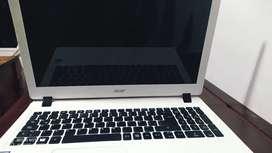 Acer Aspire Es1-572 como nuevo