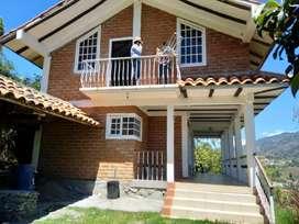 !oferta! casa de campo en venta con 11000 mts de terreno ubicado en certag Gualaceo a 30 min de cuenca cerca de paute